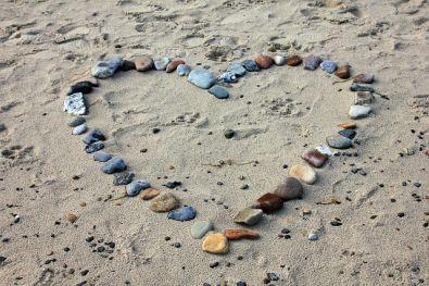 beach-193786_640.jpg